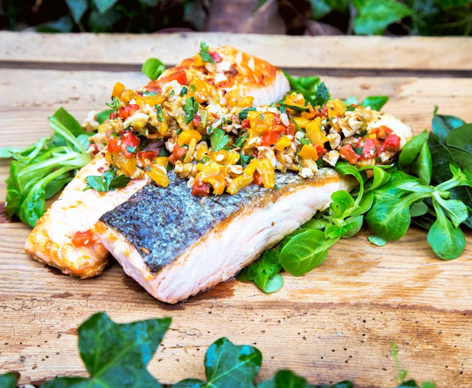 salmon with roasted pepper and nut salsa